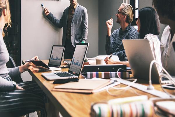 Szkolenie biznesowe - dla kogo sprawdzi się najlepiej?