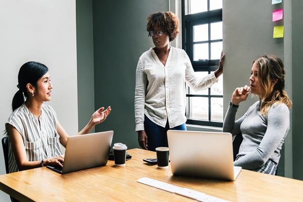 Szkolenie z HR - czy warto skorzystać?