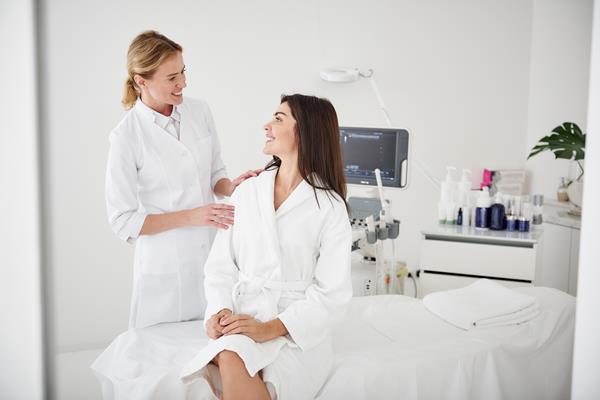 Kiedy wizyta w gabinecie kosmetycznym wymaga dodatkowych przygotowań?