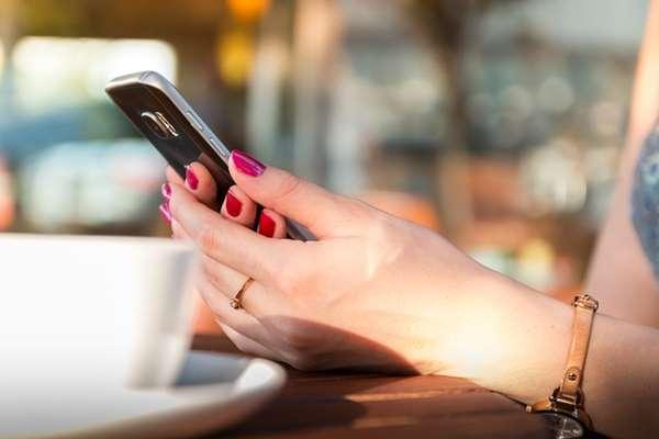 Pożyczka w telefonie, czyli aplikacje mobilne pożyczkodawców