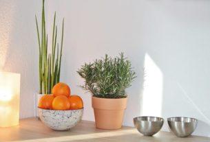 Blaszane dekoracje w domu i jak się z nimi obchodzić