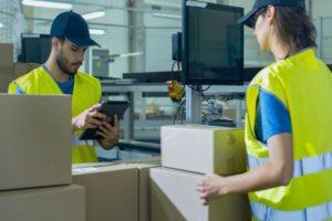 Jakie gabaryty może mieć paczka wysyłana za granicę?